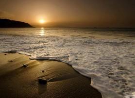 خورشید و دریا